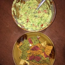Easy Guacamole Recipe With Dippers