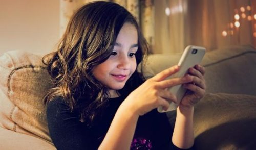 4 Tips To Control Children's Technology Overuse