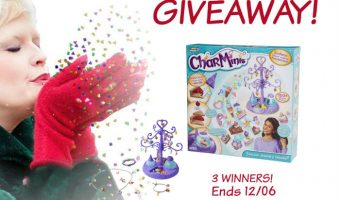 Charminis™ Deluxe Jewelry Studio Giveaway